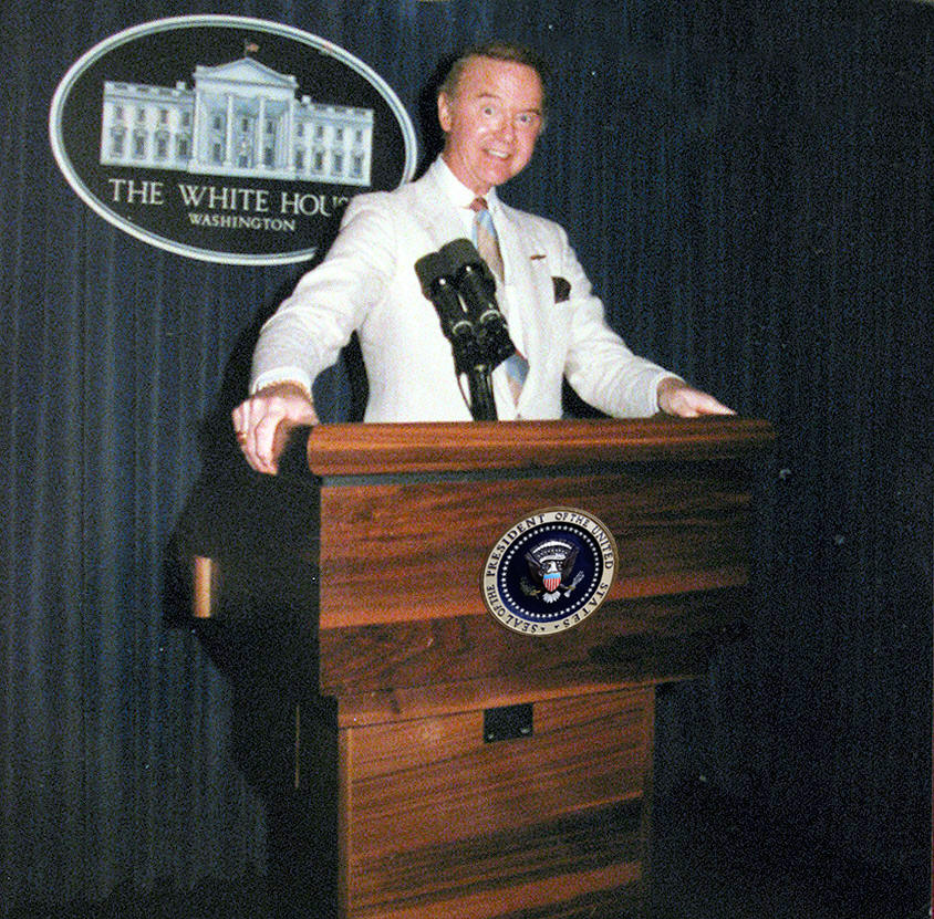 Raleigh DeGeer Amyx at White House