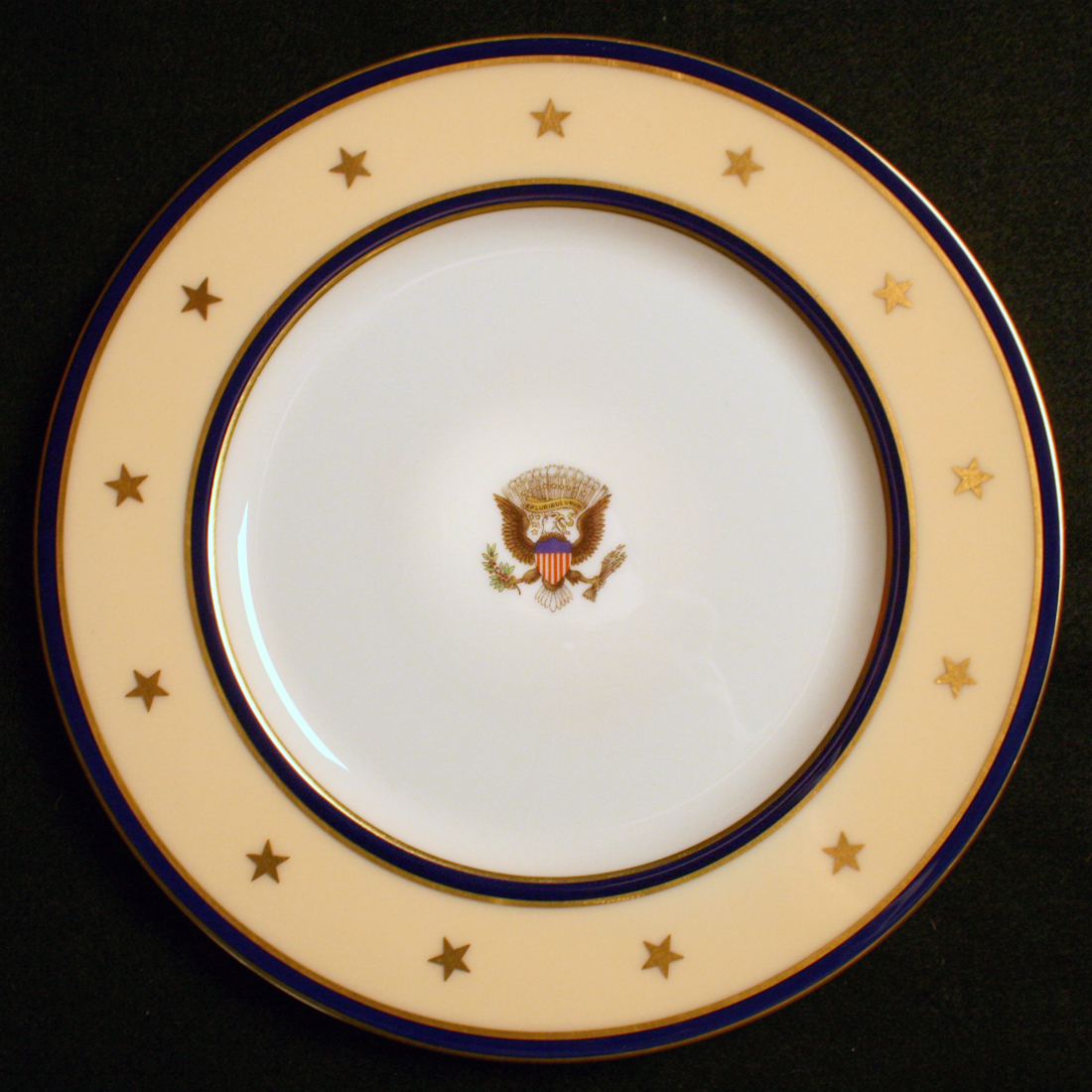 Official China USS Williamsburg Service Plate